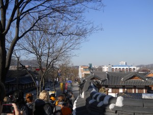 Walking into Jeonju Hanok Village