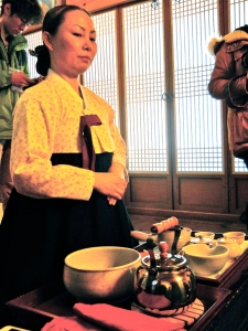 Instructer in traditional  Hanbok
