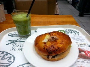 Fruit Juice & Tuna Sandwich